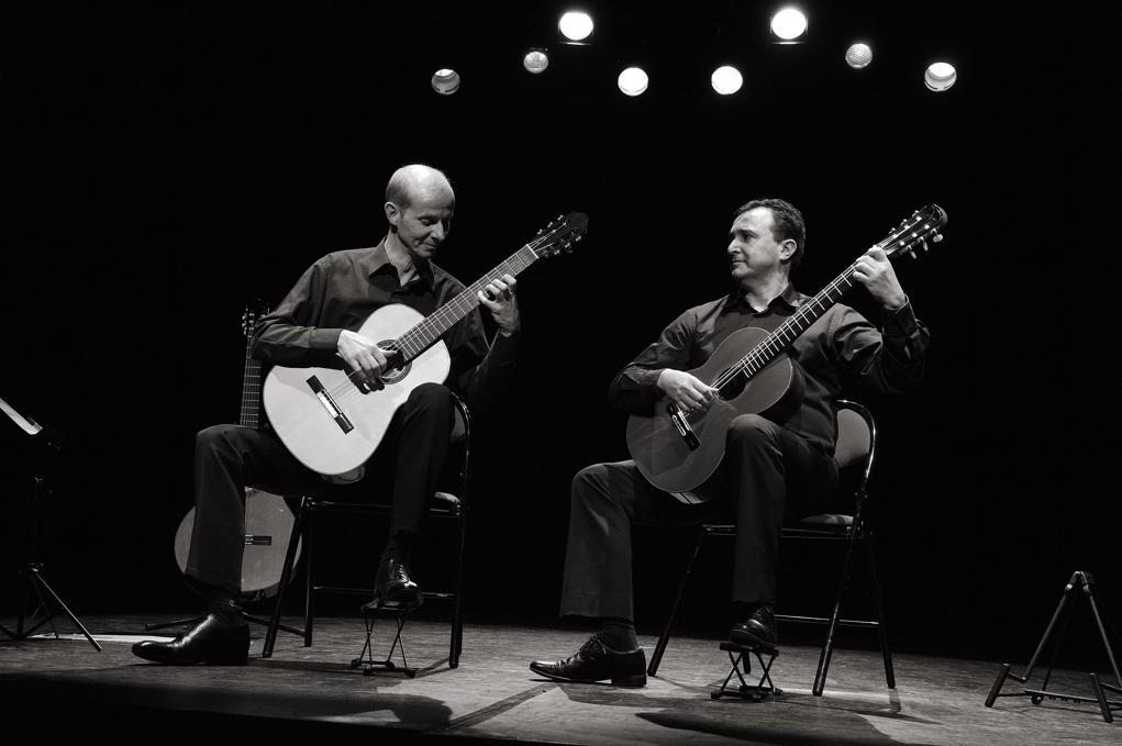 nice-guitar-duet_6