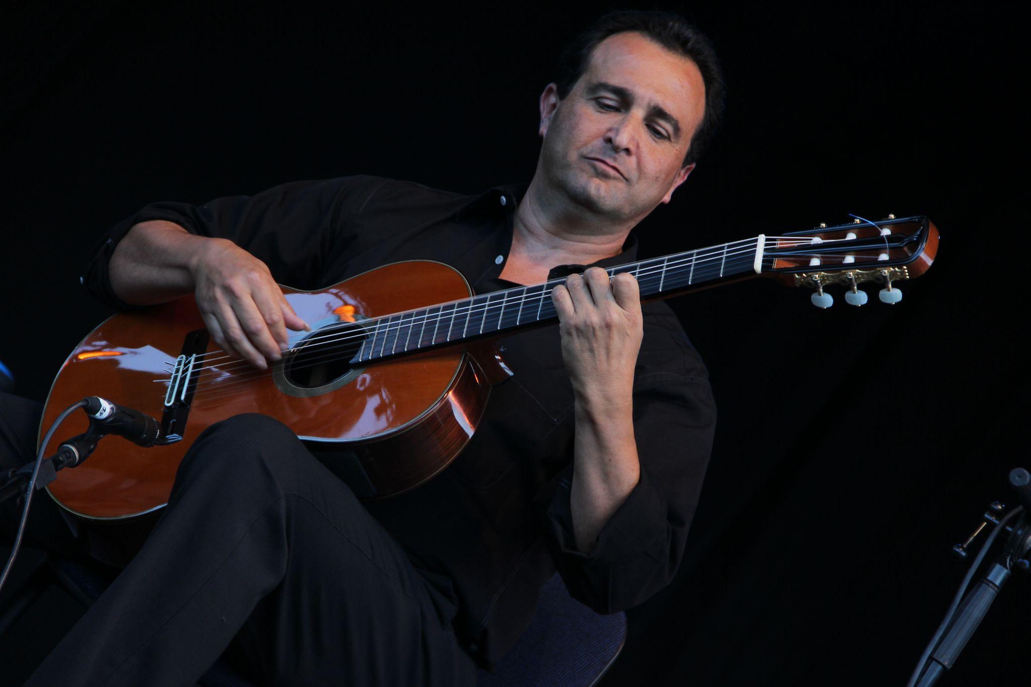 nice-guitar-duet_contes-paioun-ven-2012_5