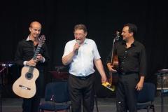 nice-guitar-duet_contes-paioun-ven-2012_2