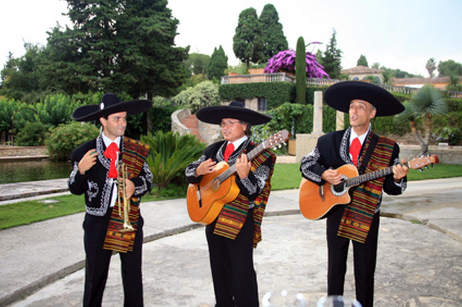trio_mariachis_05